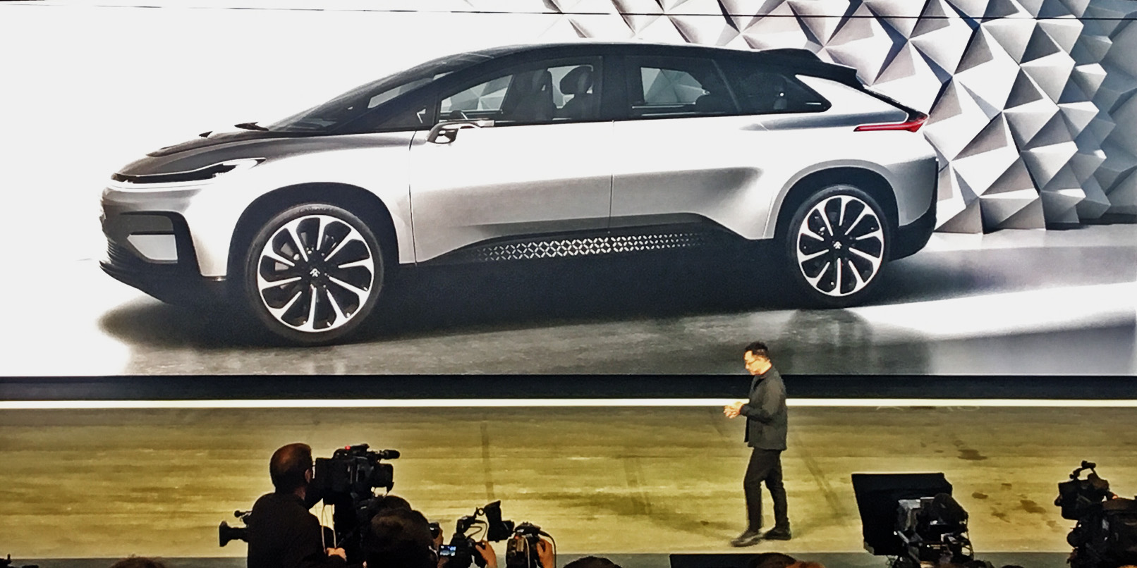 Faraday Future Unveils The World S Fastest Electronic