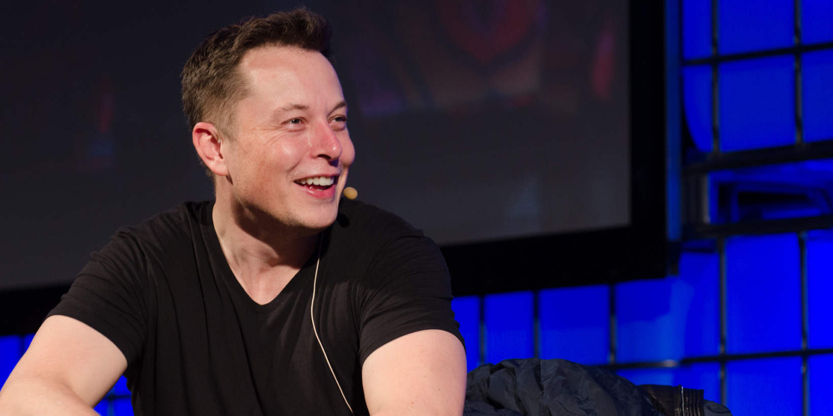 photo image Elon Musk started a new company to turn us into cyborgs by 2020